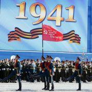 Kanzlerin Merkel zum Weltkriegsgedenken in Moskau (Foto)