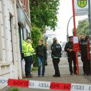 Gewalt in Hamburg und Berlin:Ein Toter, mehrere Verletzte (Foto)