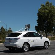 Google: Elf kleinere Unfälle mit selbstfahrenden Autos (Foto)