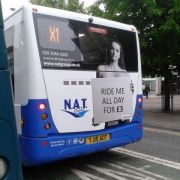 Bus-Unternehmen löst mit Werbekampagne Shitstorm aus (Foto)