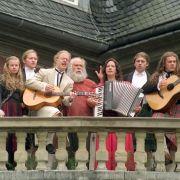 Für die Quote: Kelly-Family-Alarm im Pionierdorf! (Foto)