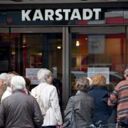 Verdi fordert von Karstadt Garantien - Beratung der Tarifkommission (Foto)