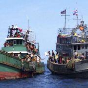 Malaysia schickt Flüchtlinge zurück auf See (Foto)