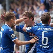 Bielefeld und Duisburg feiern Aufstieg in die 2. Liga (Foto)