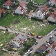 Versicherungen vermuten nach Tornado Millionenschaden (Foto)