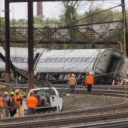 Unglückszug von Philadelphia von Objekt getroffen? (Foto)