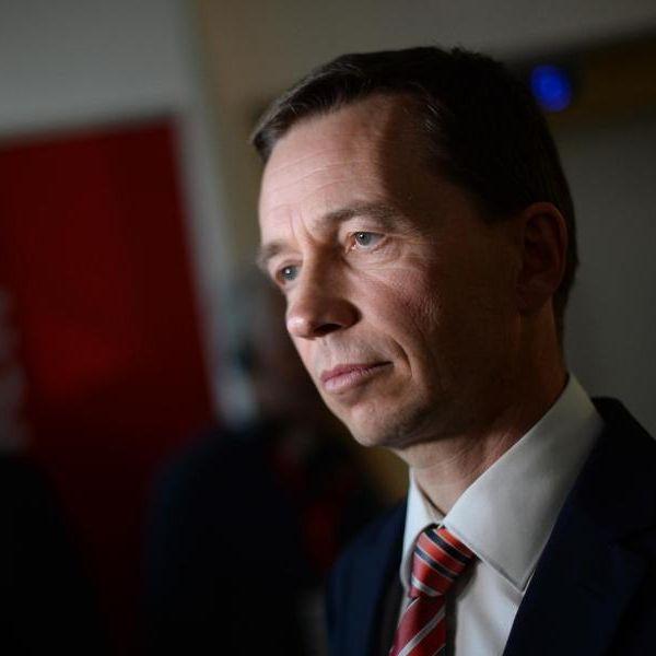 """Bernd Lucke gründet neue Partei """"Weckruf 2015"""" (Foto)"""