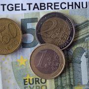 Bundesbank: Mindestlohn verteuert Taxifahrt und Friseurbesuch (Foto)