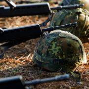 Schraube locker! Bundeswehr zieht Helme aus dem Verkehr (Foto)