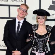 Sind Sie oder sind sie nicht? Pop-Diva Madonna soll sich den 20 Jahre jüngeren US-DJ Diplo geangelt haben.