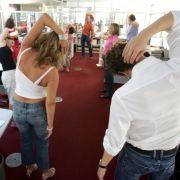 Fit im Büro - mit diesen 3 Übungen (Foto)