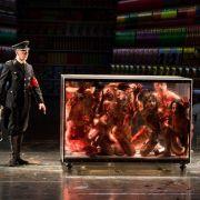 Schockierend! Blutiger SM-Sex auf der Theaterbühne (Foto)