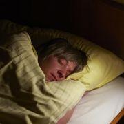Forscher: Vorurteile können im Schlaf abgebaut werden (Foto)