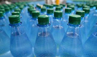 Mineralwasser im Check: Verunreinigungen durch Pestizide (Symbolbild). (Foto)
