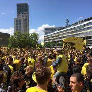 Dortmund-Fans stürmen die Hauptstadt (Foto)