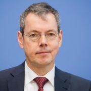 Wirtschaftsweiser Bofinger hält Mindestlohn für erfolgreich (Foto)
