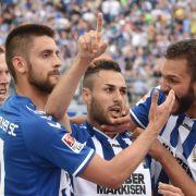 1:2-Sieg gegen Karlsruhe! HSV bleibt in der Bundesliga! (Foto)