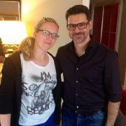 News.de-Redakteurin Susett Queisert traf Rick Kavanian zum Interview in Berlin.