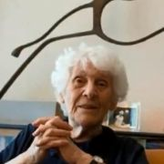 102-Jährige wird Doktorwürde verliehen (Foto)