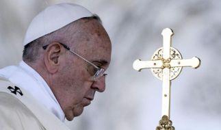 Papst Franziskus in Sarajevo angekommen (Foto)