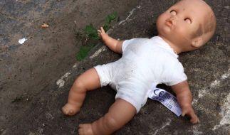 Unglaublich: Eine Frau, die als Baby ausgesetzt worden war, hat nach 46 Jahren ihre Mutter gefunden. (Foto)