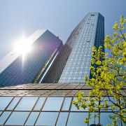 Deutsche Bank: Razzia in Frankfurt - Prozess in München (Foto)