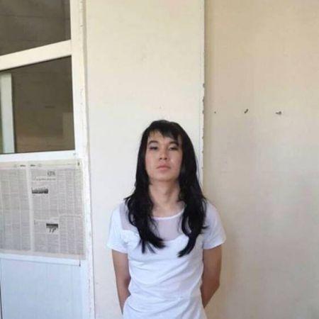 Mann verkleidet sich als Freundin, um ihre Prüfung zu schreiben (Foto)