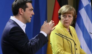 Ernster Blick: Griechenlands Ministerpräsident Alexis Tsipras und Bundeskanzlerin Merkel Ende März bei einer gemeinsamen Pressekonferenz. (Foto)