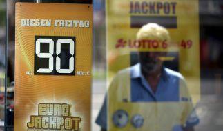 Der Gewinner des Eurojackpots mit einer Summe von 90 Millionen Euro hat sich endlich gemeldet. (Foto)