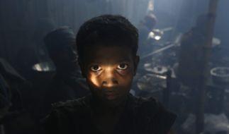 Aluminiumarbeiter in Bangladesh. (Foto)