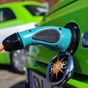 Experten und Politiker verlangen mehr Förderung von E-Autos (Foto)