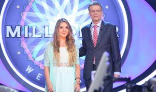 Günther Jauch mit Null-Euro-Kandidatin Tanja Fuß. (Foto)