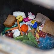 Studie: Enorme Lebensmittel-Verschwendung schädigt Klima (Foto)