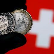 Schweizer Notenbank hält Franken für stark überbewertet (Foto)