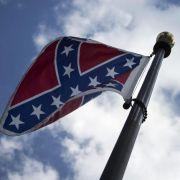 US-Gouverneurin verbietet Südstaaten-Flagge (Foto)