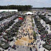 Spannung, Spiel und Handgranaten! Das bietet Putins Familienpark (Foto)