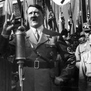 Führer im Stricher-Milieu: Waren die Nazis wirklich schwul? (Foto)