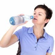 Darum sollten Sie Wasserflaschen nur einmal verwenden (Foto)