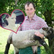 Ist der Bauer frisch verliebt? (Foto)