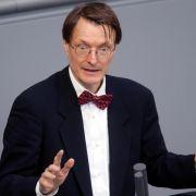 Bundestag befasst sich erstmals mit Entwürfen zur Sterbehilfe (Foto)