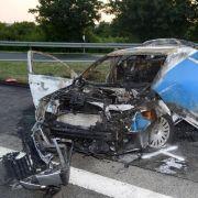 Zwei Polizisten sterben bei Unfall in ihrem Einsatzwagen (Foto)