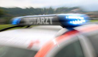 Drama in Amberg in der Oberpfalz: Ein einjähriges Mädchen ist von einem Linienbus überrollt worden und bei dem Unfall verstorben. (Foto)