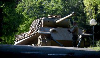 Die Poilzei hat schweres Kriegsgerät aus Nazi-Zeit in Kieler Villa sichergestellt. (Foto)