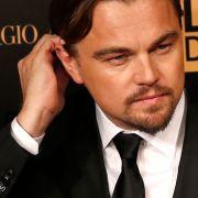 Leo treibt's im Affenkäfig (Foto)