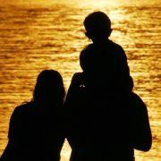 Ältere Eltern zufriedener als jüngere (Foto)
