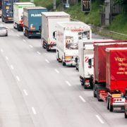 Immer mehr Güter rollen über deutsche Straßen (Foto)