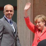 Merkel verteidigt Ablehnung albanischer Asylbewerber (Foto)