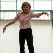 Wiederholung via Mediathek: Iris Berbens Merkel-Parodie nochmal sehen (Foto)