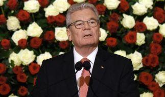 Gauck fordert offene Debatte über Homo-Ehe (Foto)