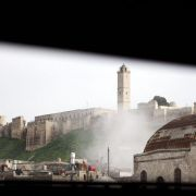 Explosion zerstört Teil von mittelalterlicher Burg in Syrien (Foto)